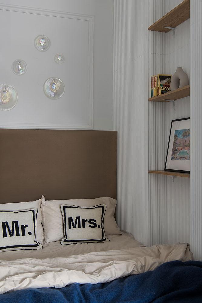Открытая планировка и спальня за шторкой: небольшая квартира-студия для девушки в Москве (30 кв. м)