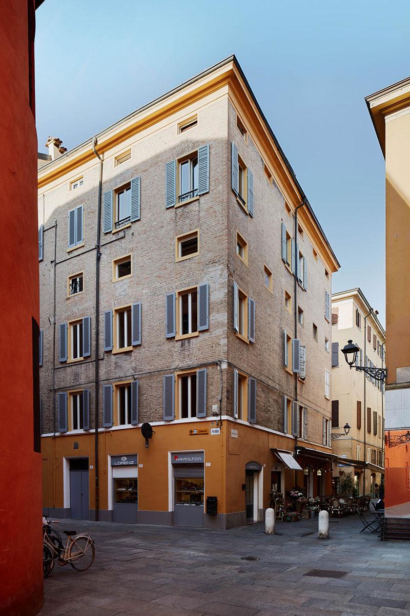 Плитка как современное искусство: стильные интерьеры гостевого дома Mutina в Италии