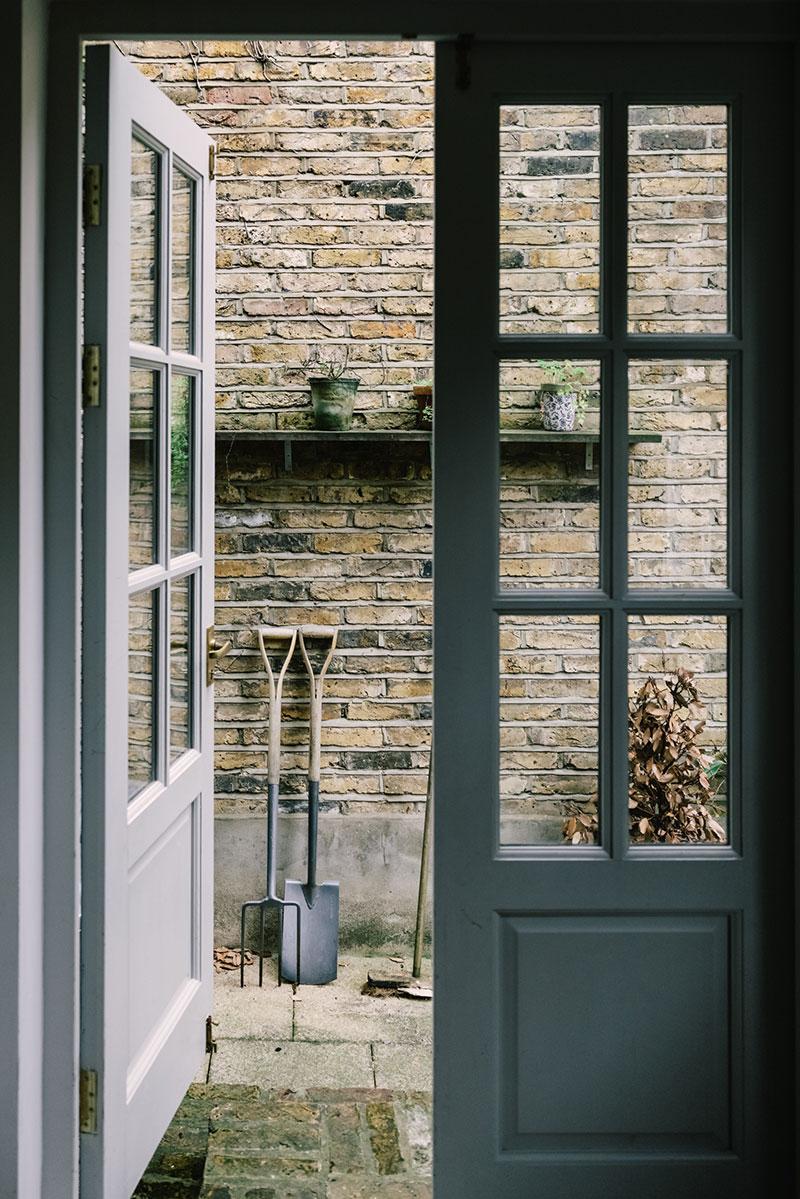 Атмосферный интерьер в Лондоне, пропитанный историей