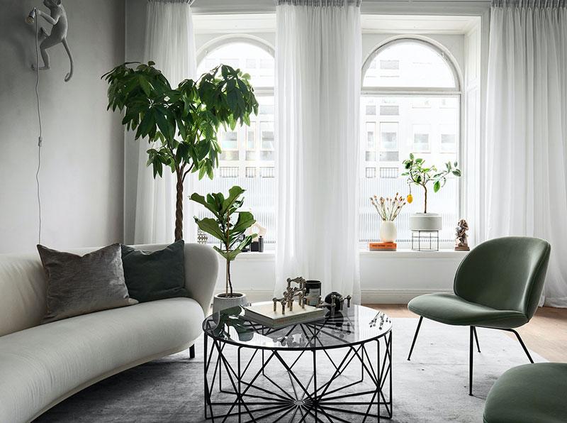 Элегантный скандинавский интерьер с растениями (76 кв. м)