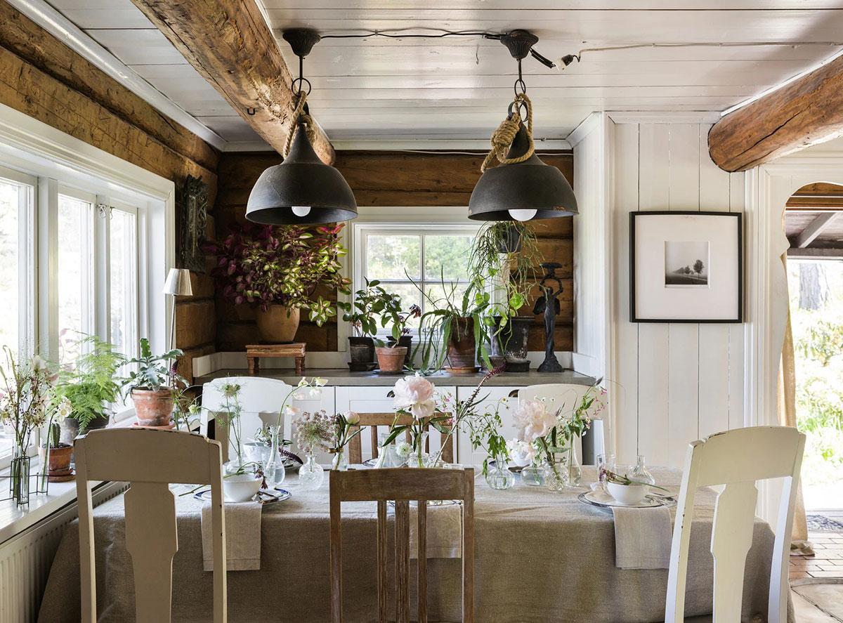 Чудесна шведская дача в старинном охотничьем домике