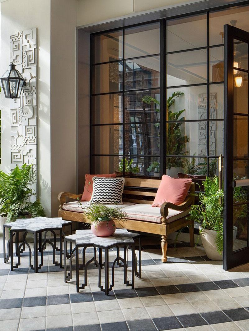 Пастельные тона и тропический стиль: отель The Goodtime в Майами