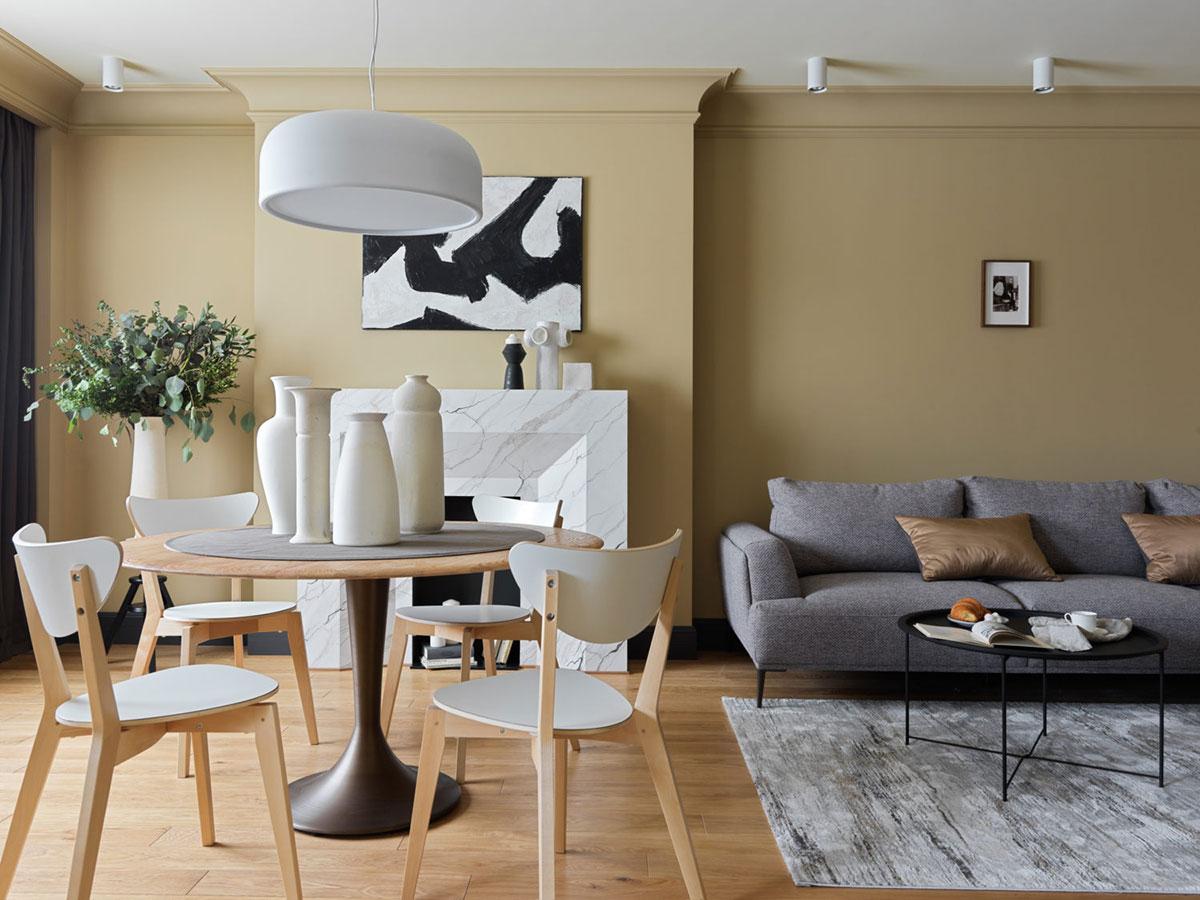 Бюджетный интерьер в смелых оттенках: арендная квартира в Москве (100 кв. м)