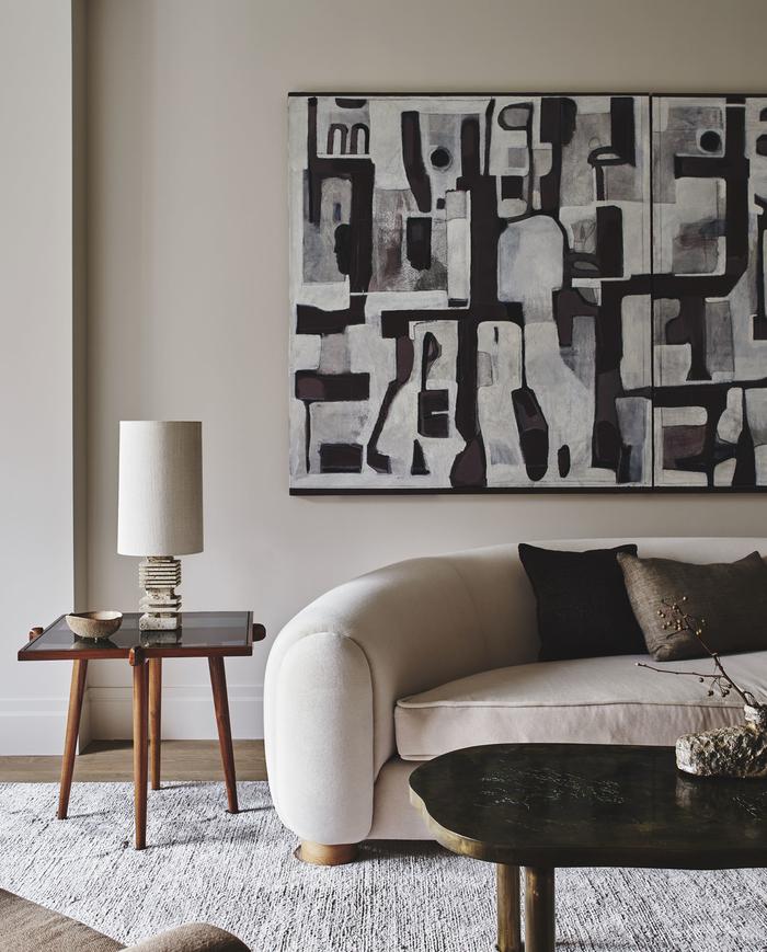 Сдержанная элегантность в дизайне современной квартиры на Манхеттене