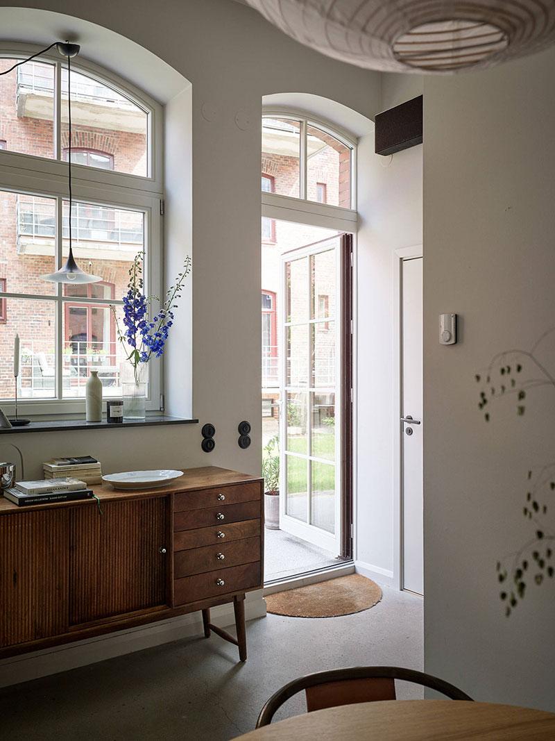 Стильная и уютная маленькая квартира с отдельным входом в Гётеборге (48 кв. м)