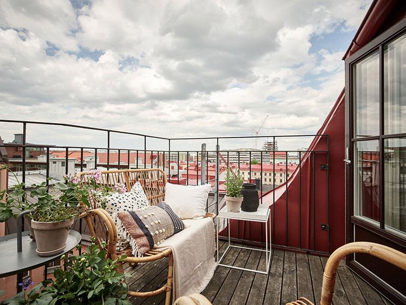 Уютная небольшая квартира в двух уровнях с террасой на крыше (69 кв. м)