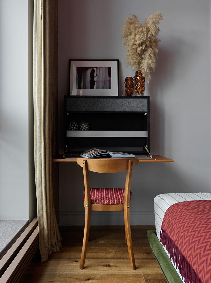 Яркие краски и интересны фишки: квартира дизайнера Марии Степановой в Москве