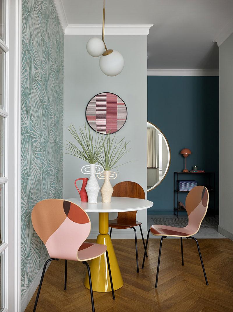 Жизнерадостное оттенки и интересные детали в интерьере семейной квартиры в Москве (74 кв. м)