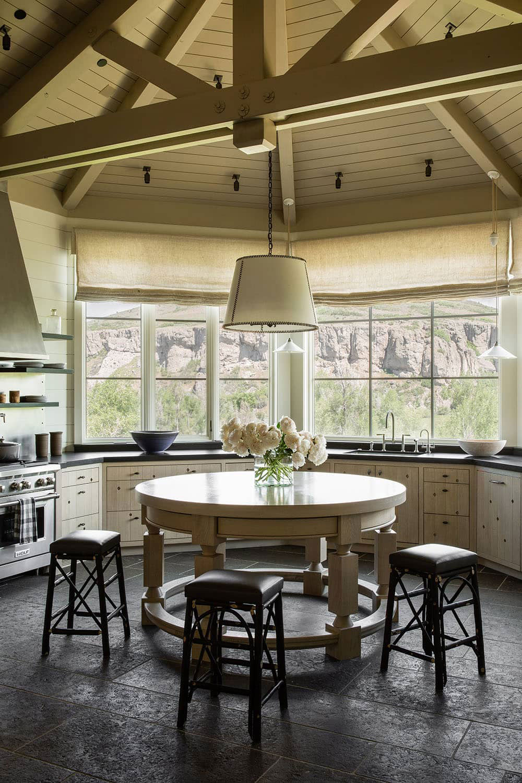 Дом для большой семьи для отдыха круглый год в штате Юта