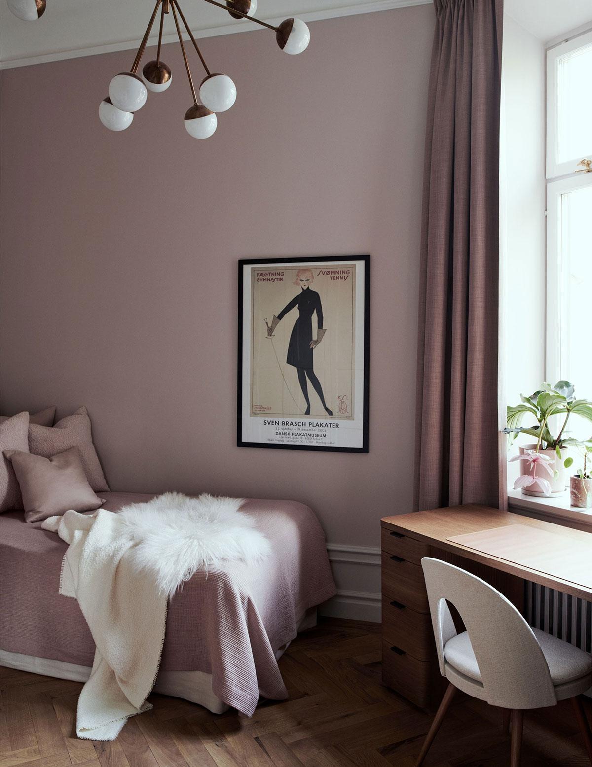 Прохладная элегантность: изысканный интерьер в старом доме в Стокгольме