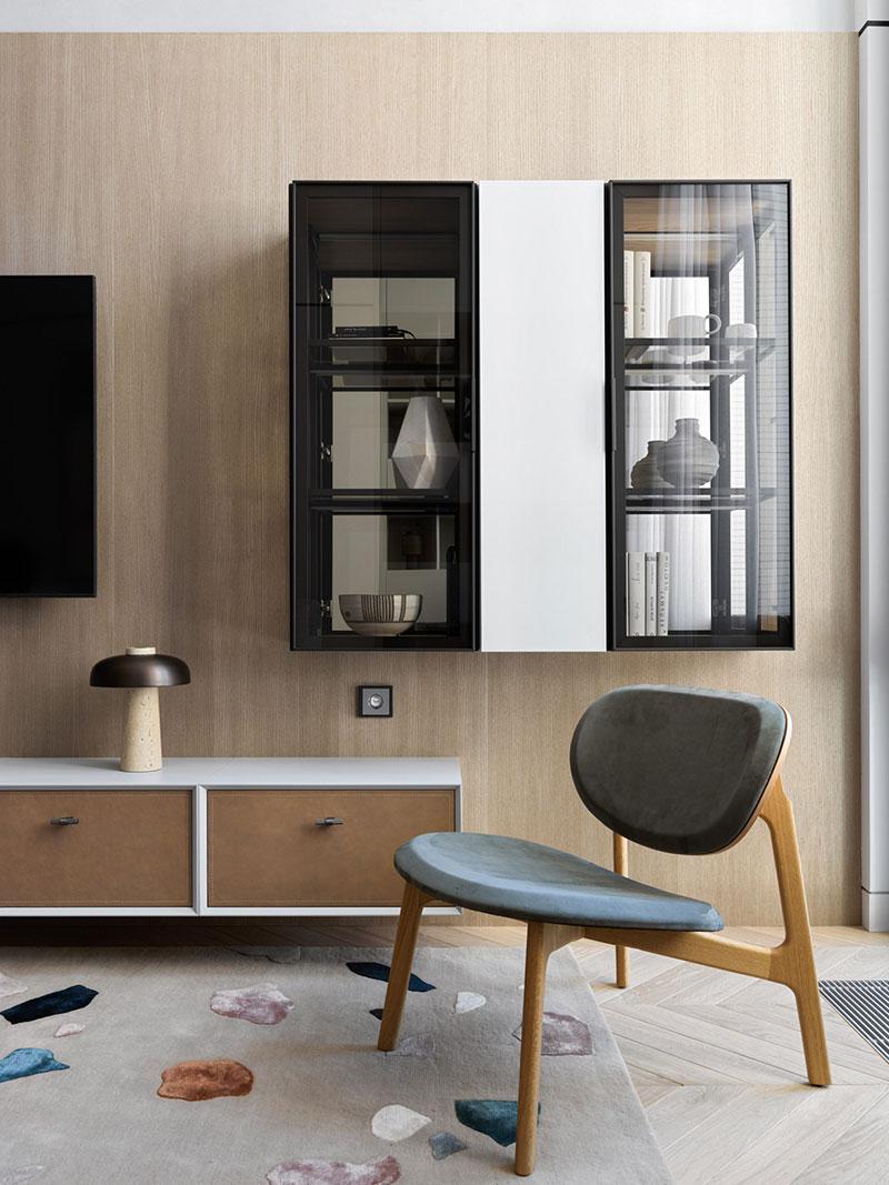 Современная квартира в Москве с большим количество мест для хранения (80 кв. м)
