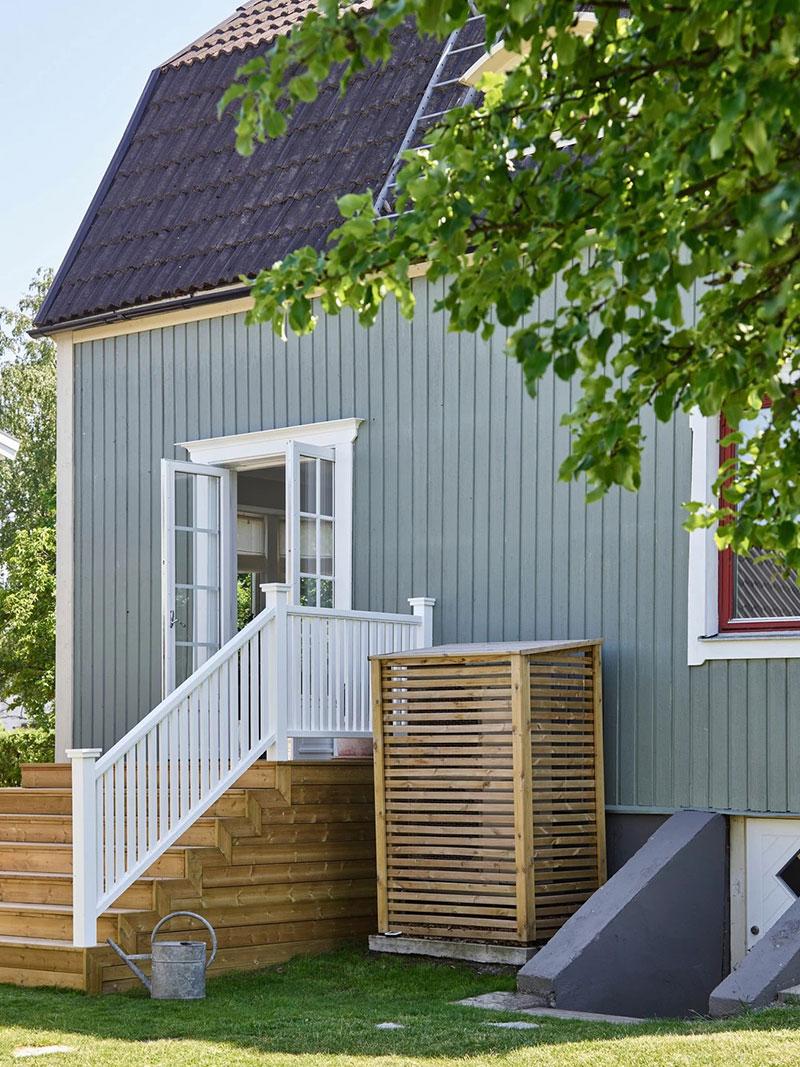 Светлые интерьеры 100-летнего коттеджа в Швеции