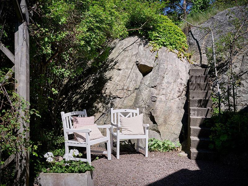 Уютная шведская дача с садом недалеко от центра в Гётеборге