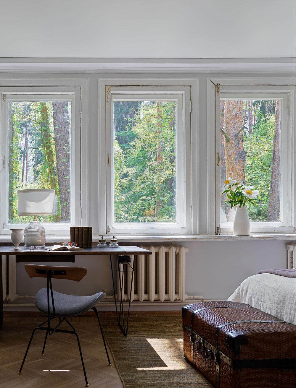 Потрёпанный временем фасад и душевные интерьеры: дача дизайнера Анны Зиньковской