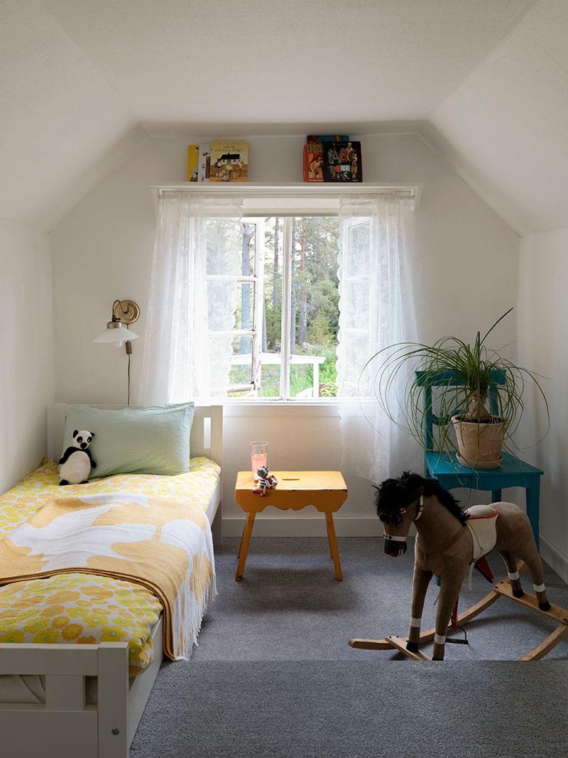 В тесноте, да не в обиде: совсем маленький дачный домик в Швеции (50 кв. м)
