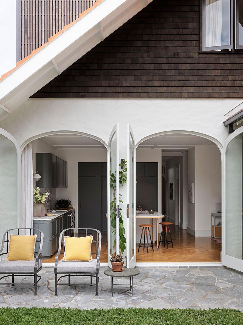 Яркий микс современного дизайна и исторической архитектуры в Австралии