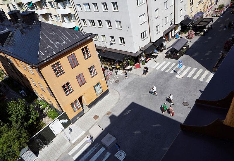 Живой интерьер с историей в центре Стокгольма