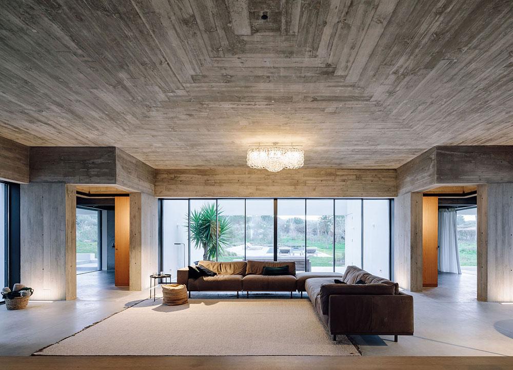 Простая геометрия и строгий минимализм: современный дом в Португалии