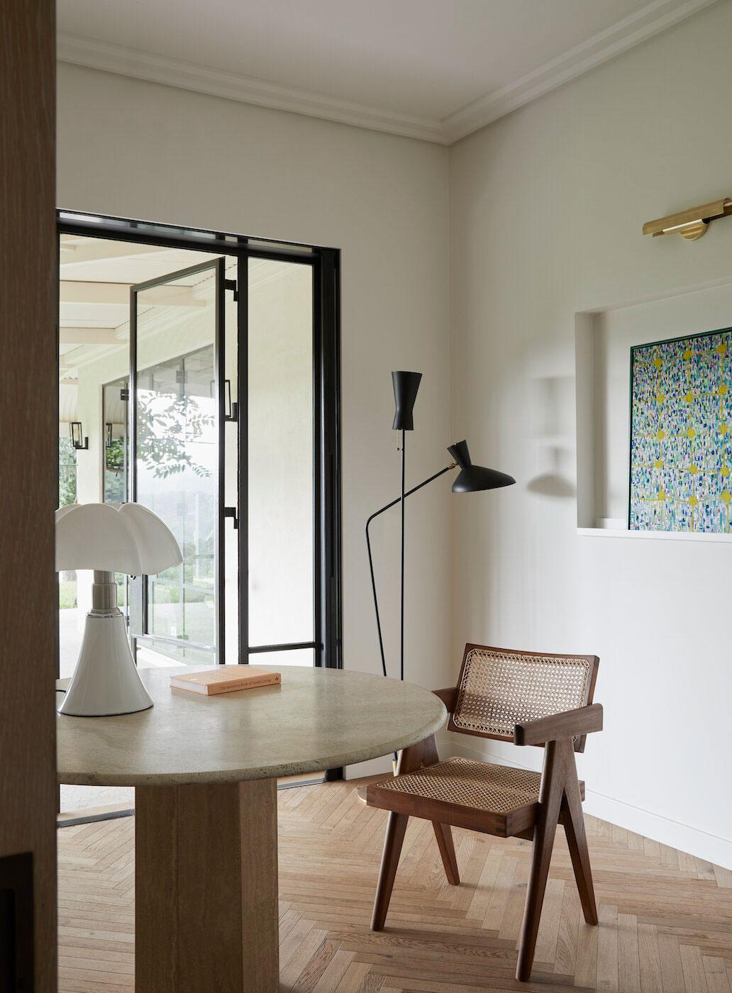 Лёгкие и уютные современные интерьеры исторического имения в Австралии
